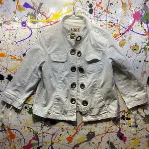 ⭐️3 for $20 Sale‼️ A❄️M❄️I Jacket (?)